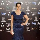 Nora Navas con un vestido de Gabriela Cadena en la alfombra roja de los Goya 2014