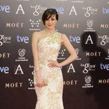 Natalia de Molina con un vestido de Andrew Gn en la alfombra roja de los Goya 2014