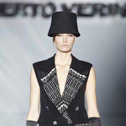 Flecos en el desfile de Roberto Verino en Madrid Fashion Week otoño/invierno 2014/2015