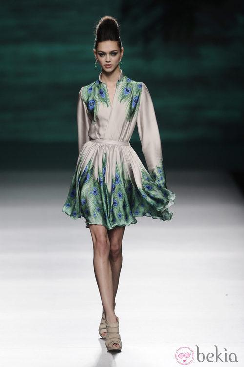 Vestido de la colección otoño/invierno 2014/2015 de Francis Montesinos en Madrid Fashion Week