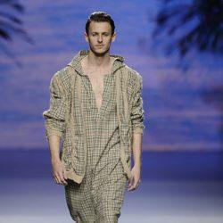 Chaqueta de hombre de la colección otoño/invierno 2014/2015 de Francis Montesinos en Madrid Fashion Week