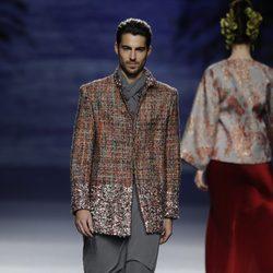 Traje masculino de la colección otoño/invierno 2014/2015 de Francis Montesinos en Madrid Fashion Week