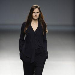 Blusa y pantalón de la colección otoño/invierno 2014/2015 de Ángel Schlesser en Madrid Fashion Week