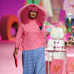 Falda estampada de la colección otoño/invierno 2014/2015 de Agatha Ruiz de la Prada en Madrid Fashion Week