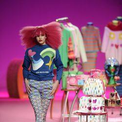 Short y sudadera de la colección otoño/invierno 2014/2015 de Agatha Ruiz de la Prada en Madrid Fashion Week