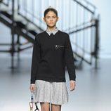 Sudadera y vestido de la colección otoño/invierno 2014/2015 de Davidelfin en Madrid Fashion Week