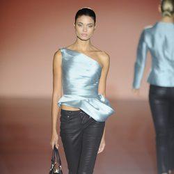 Look de la colección otoño/invierno 2014/2015 de Hannibal Laguna en Madrid Fashion Week
