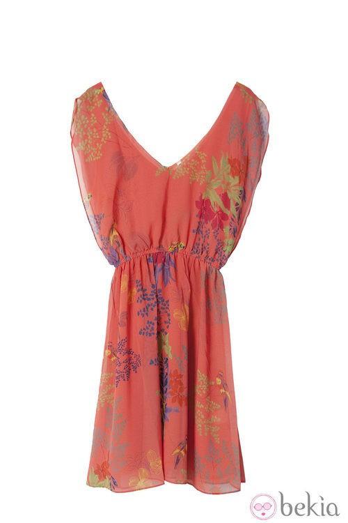 Vestido coral de la colección primavera/verano 2014 de Lavand
