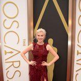 Ireland Baldwin con un vestido de Burberry Prorsum en los Oscar 2014