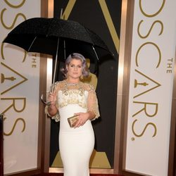 Kelly Osbourne con un vestido de Badgley Mischka en los Oscar 2014