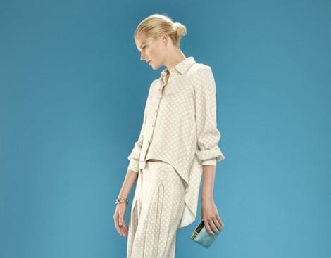 Conjunto de blusa y pantalón ancho estampados de la colección 'Dolores Promesas Resort' para primavera/verano 2014