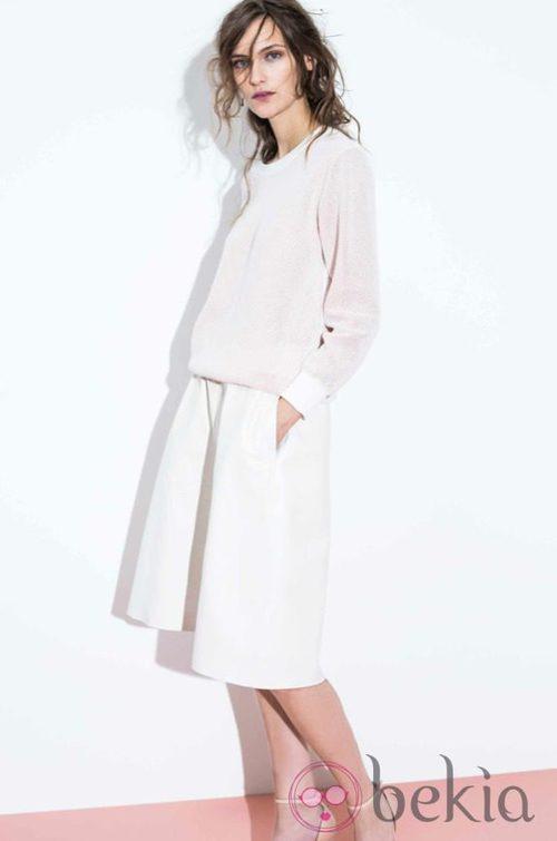 Conjunto de jersey y falda blancos de la colección primavera/verano 2014 de Closed