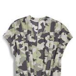 Blusa con estampado de camuflaje de la colección primavera/verano 2014 de Levi's