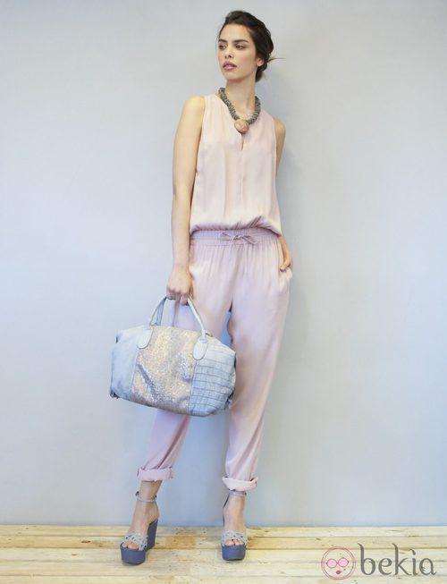 Conjunto rosa empolvado de la colección primavera/verano 2014 de Eduardo Rivera