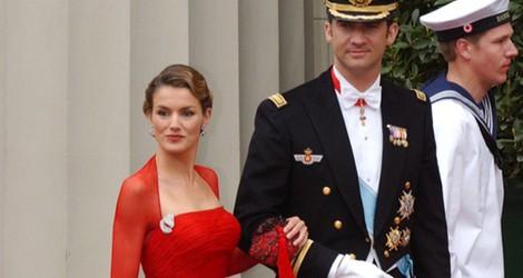 Letizia Ortiz con un vestido de Lorenzo Caprile