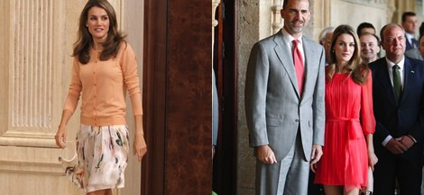 La Princesa Letizia con un vestido de vuelo estampado y chaqueta de punto color melocotón