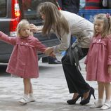 La primera Pascua de Infanta Sofía junto a la futura reina Letizia Ortiz y la Infanta Sofía
