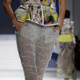 Pantalón transparente de Vera Wang, colección primavera de 2012