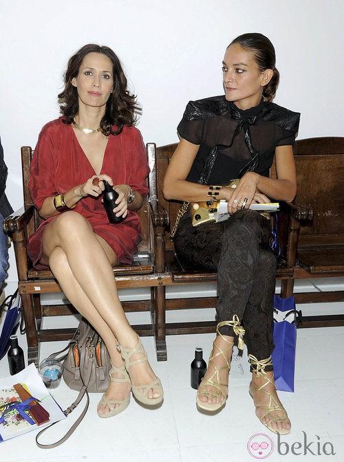 Lola Marceli y Laura Ponte en el front row de Josep Font, colección primavera 2012