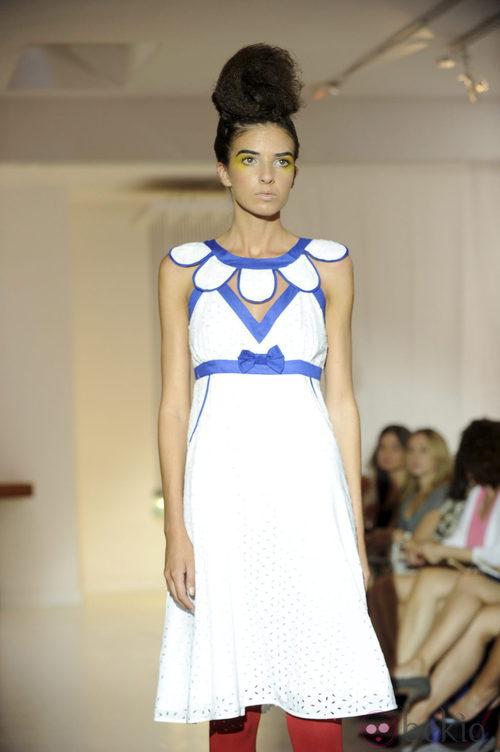 Vestido blanco de Josep Font, colección primavera 2012