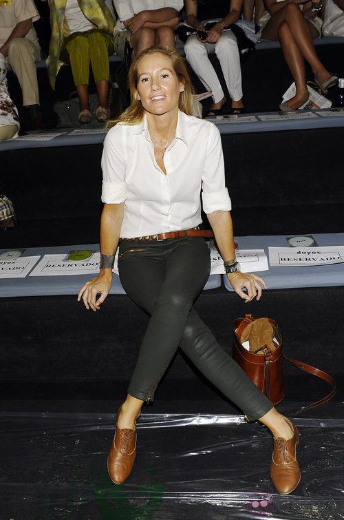 Fiona Ferrer en el desfile de Duyos, colección primavera 2012