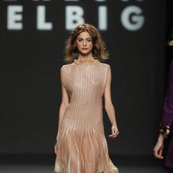 Vestido nude de Teresa Helbig, colección primavera de 2012