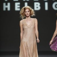 Lentejuelas en tono nude de Teresa Helbig, colección primavera de 2012