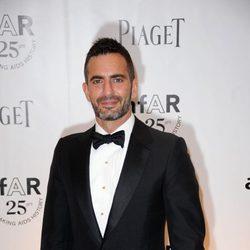 El diseñador Marc Jacobs en la gala Inspiration de amfAR
