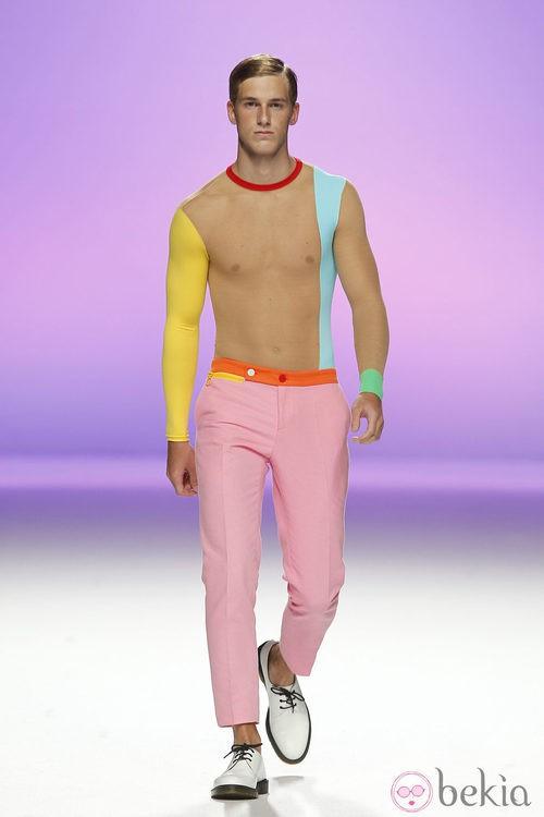 Pantalón rosa para hombre de Davidelfín, colección primavera 2012