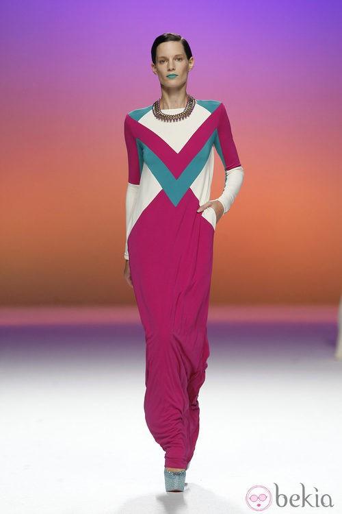 Vestido con estampado triangular de Davidelfín, colección primavera 2012