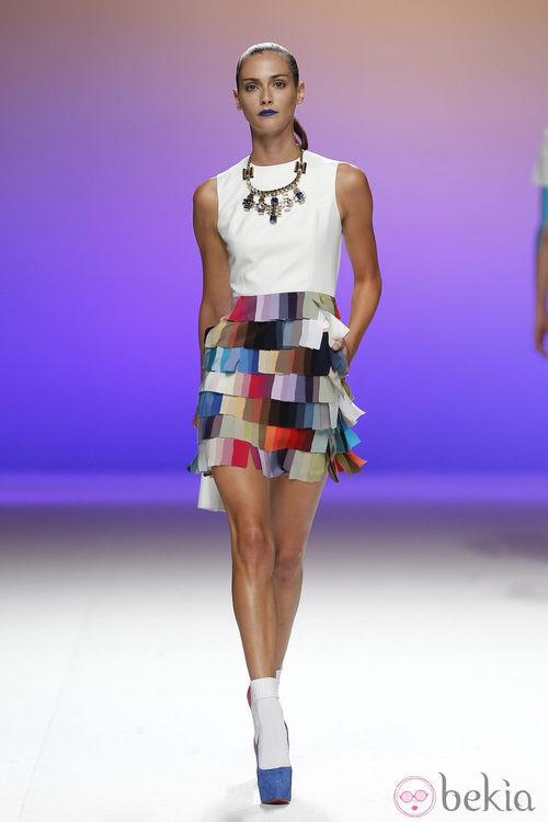 Vestido con falda de retales multicolor de Davidelfín, colección primavera 2012