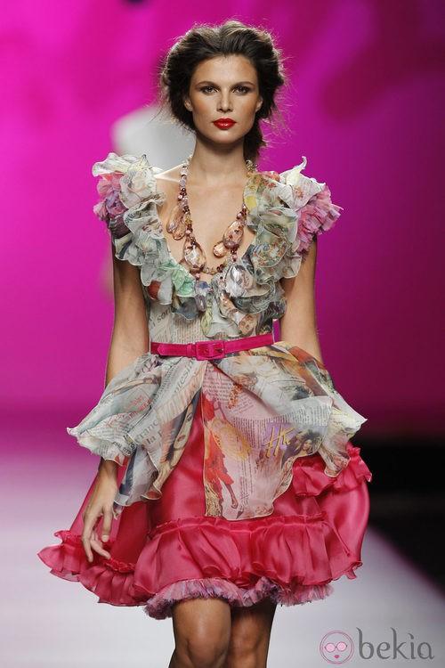 Vestido estampado con volantes de Montesinos, colección primavera 2012