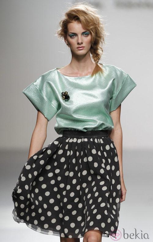 Falda de lunares de Kina Fernández en Cibeles, colección primavera de 2012
