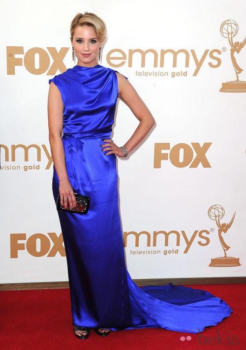 Dianna Agron en los Emmy 2011 con vestido de Roksanda Ilincic