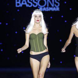Corsé verde de Montse Bassons en Cibeles