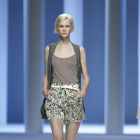 Shorts estampados de la colección primavera 2012 de Sita Murt en Cibeles