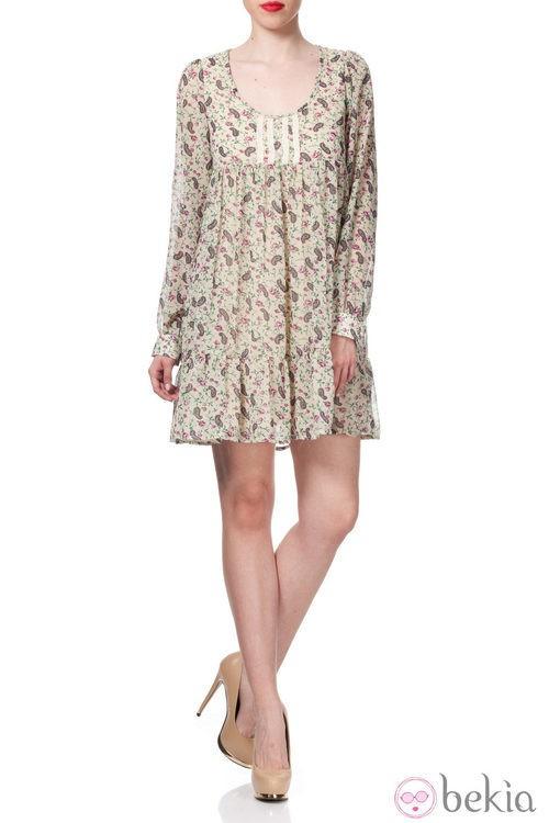 Vestido con estampado paisley de la Colección Crucero 2014 de Poète