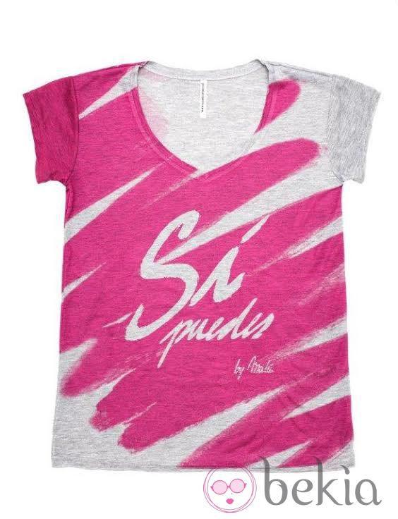 Camiseta diseñada por Malú en colaboración con Swarovski para luchar contra el cáncer de mama