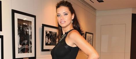 Adriana Lima fiel a su estilo durante el embarazo