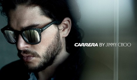 Kit Harington para la nueva campaña de gafas de Carrera by Jimmy Choo