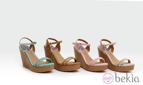 Sandalias con cuña de madera en tonos pastel de la colección verano 2014 de Trendy Too