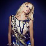Adriana Abenia con blusa estampada de Barbarella otoño/invierno 2014