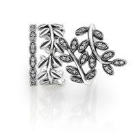 Anillos de plata y circonitas cúbicas de la colección 'Hojas de Otoño' para otoño 2014 de Pandora