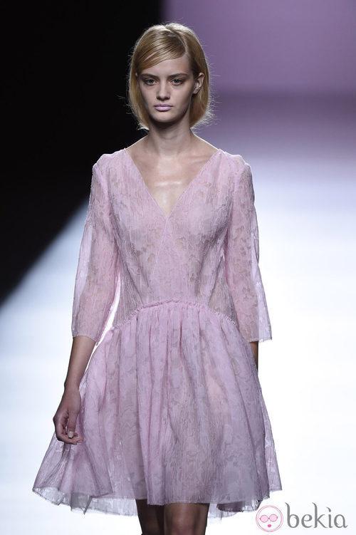 Vestido vaporoso de Devota & Lomba en Madrid Fashion Week primavera/verano 2015