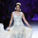 Vestido con mucho vuelo de Francis Montesinos en Madrid Fashion Week primavera/verano 2015
