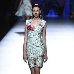 Vestido con detalles marinos de Francis Montesinos en Madrid Fashion Week primavera/verano 2015