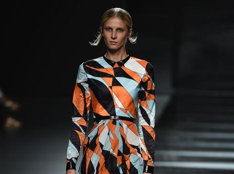 Vestido muy vaporoso de Juanjo Oliva en Madrid Fashion Week primavera/verano 2015