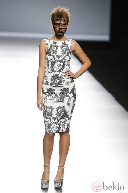 Vestido estampado de Maya Hansen en Madrid Fashion Week primavera/verano 2015