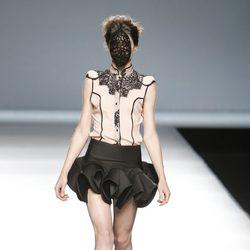 Vestido con encaje de Maya Hansen en Madrid Fashion Week primavera/verano 2015