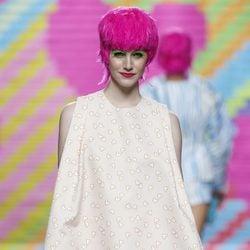 Conjunto nude con corazones de Ágatha Ruiz de la Prada en Madrid Fashion Week primavera/verano 2015
